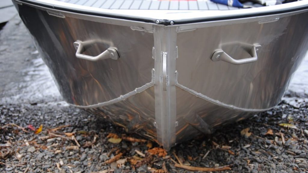 Utility-Boat-03
